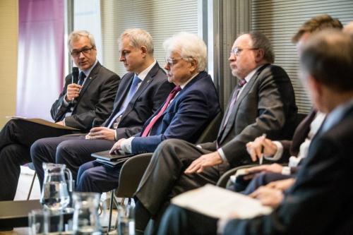 2019_02_26 Panel dyskusyjny: Jakie są najlepsze ścieżki komercjalizacji ...